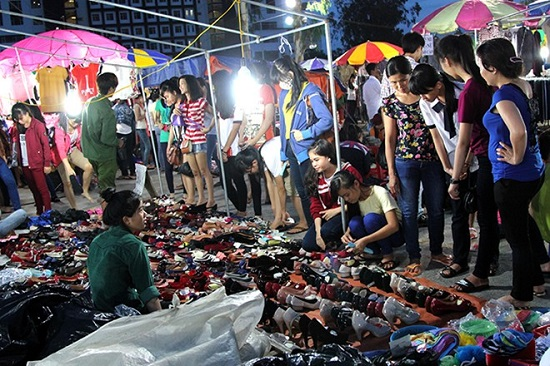 chợ sinh viên